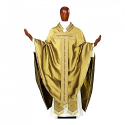 Gothic Chasuble 7121 - Gold